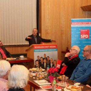 Im Rahmen des Politischen Aschermittwochs der SPD Gelnhausen sprach der frühere hessische Ministerpräsident Hans Eichel zu den Themen Europa, Stabilität des Europas und die Integration von Flüchtlingen.